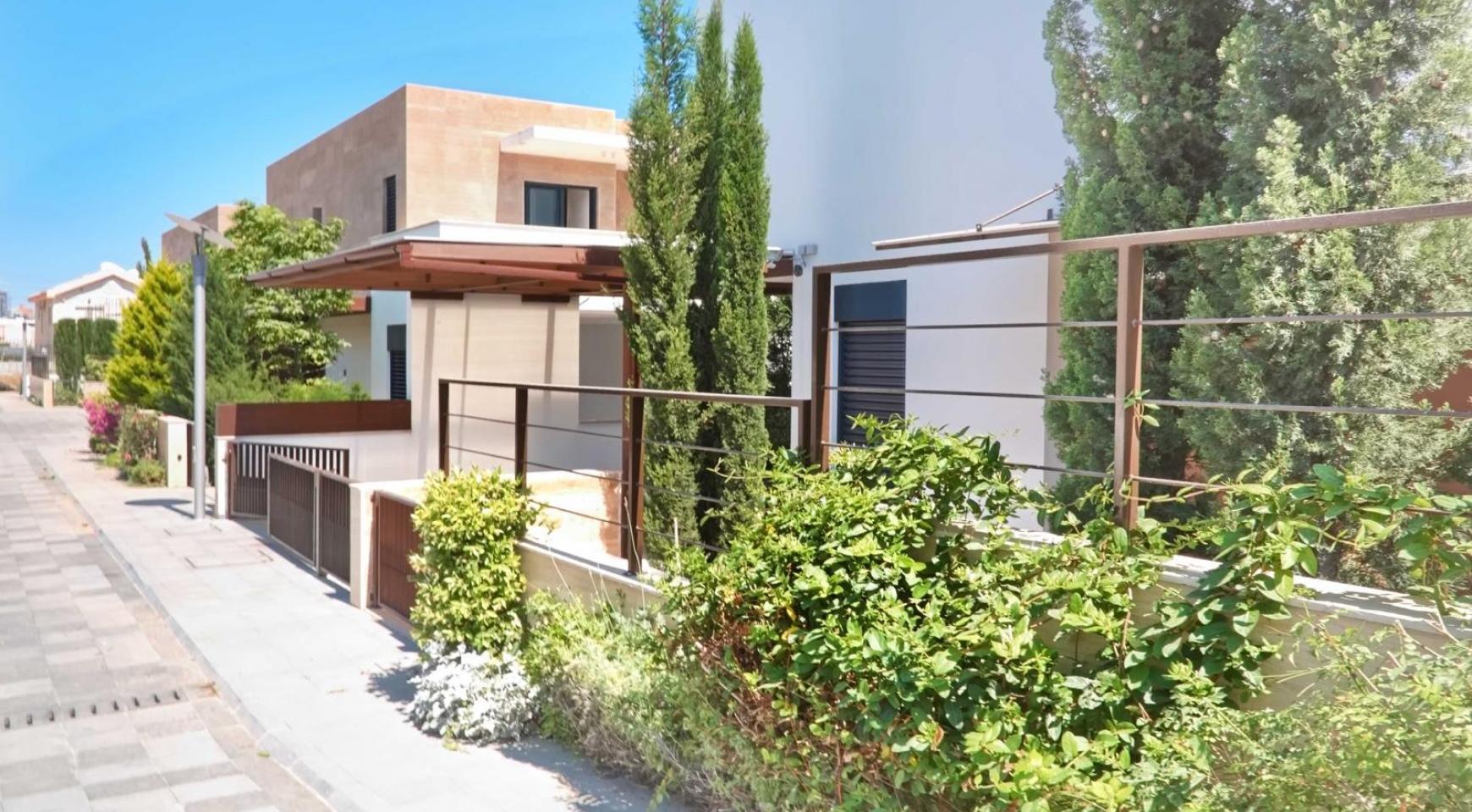 Новая Элитная 3-Спальная Вилла в Закрытом Комплексе возле Моря - 4