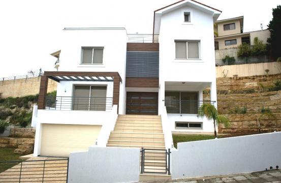 Элитная 4-Спальная Вилла с Прекрасным Видом на Море в Районе Agios Tychonas
