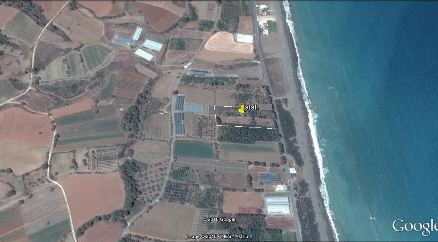 Большой Строительный Участок возле Моря в Районе Gialia - 1
