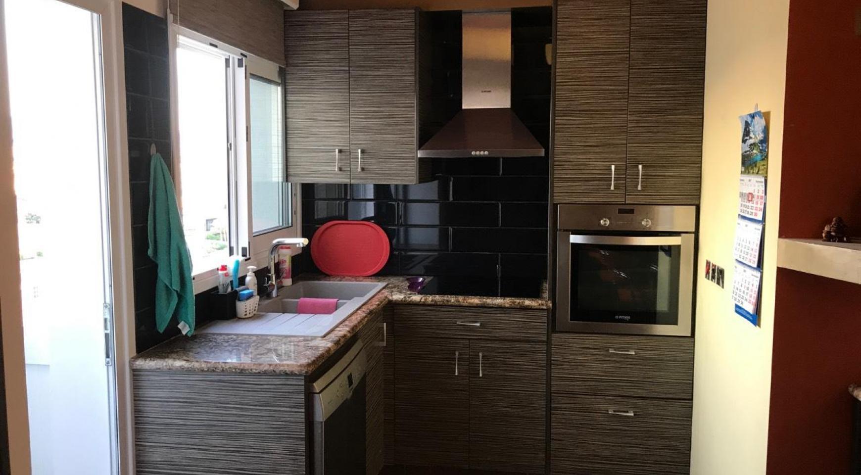 3-Спальная Квартира в Районе Molos возле Limassol Marina - 7