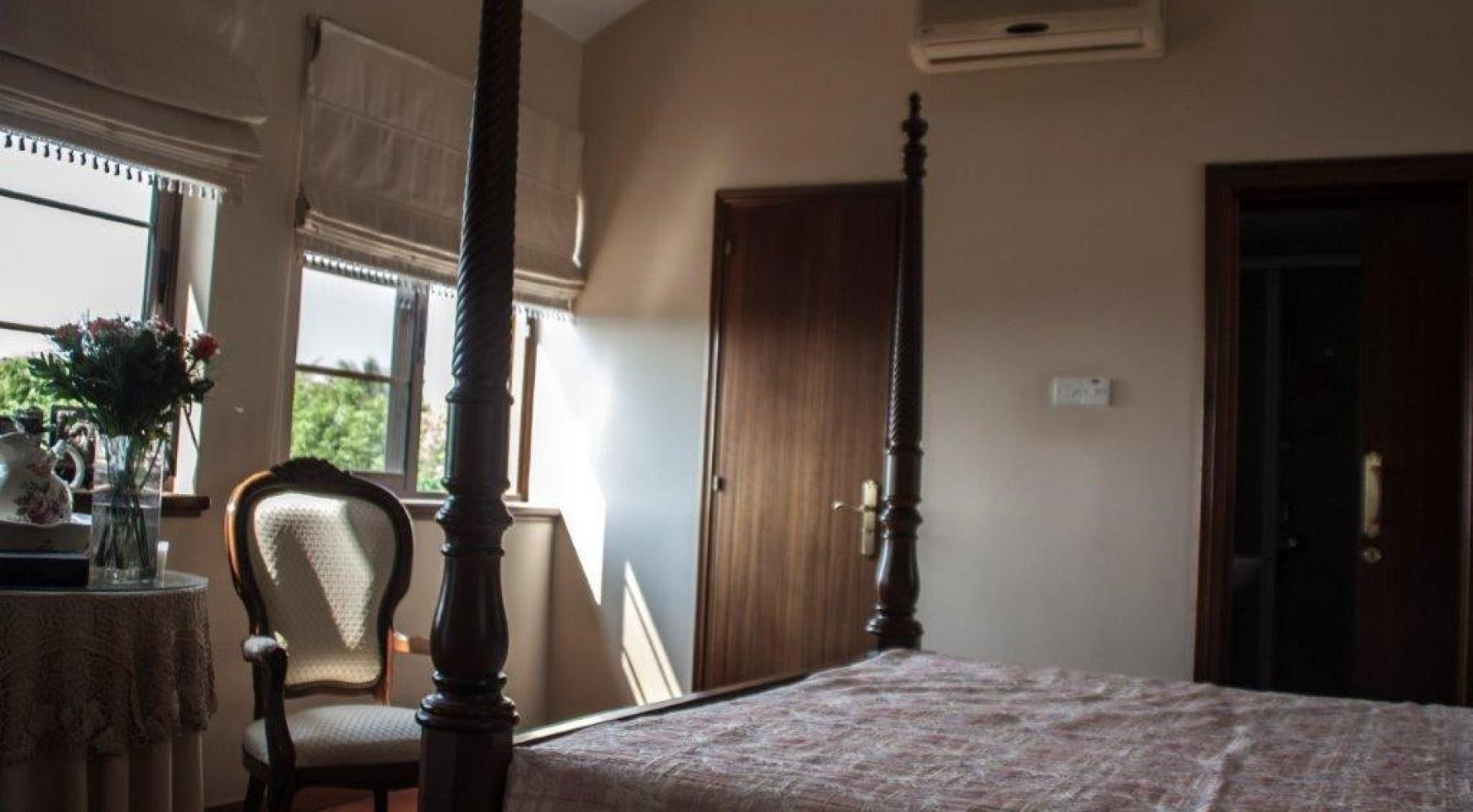 4-Спальная Вилла в Классическом Стиле с Видом на Море в Районе  Mesovounia - 13
