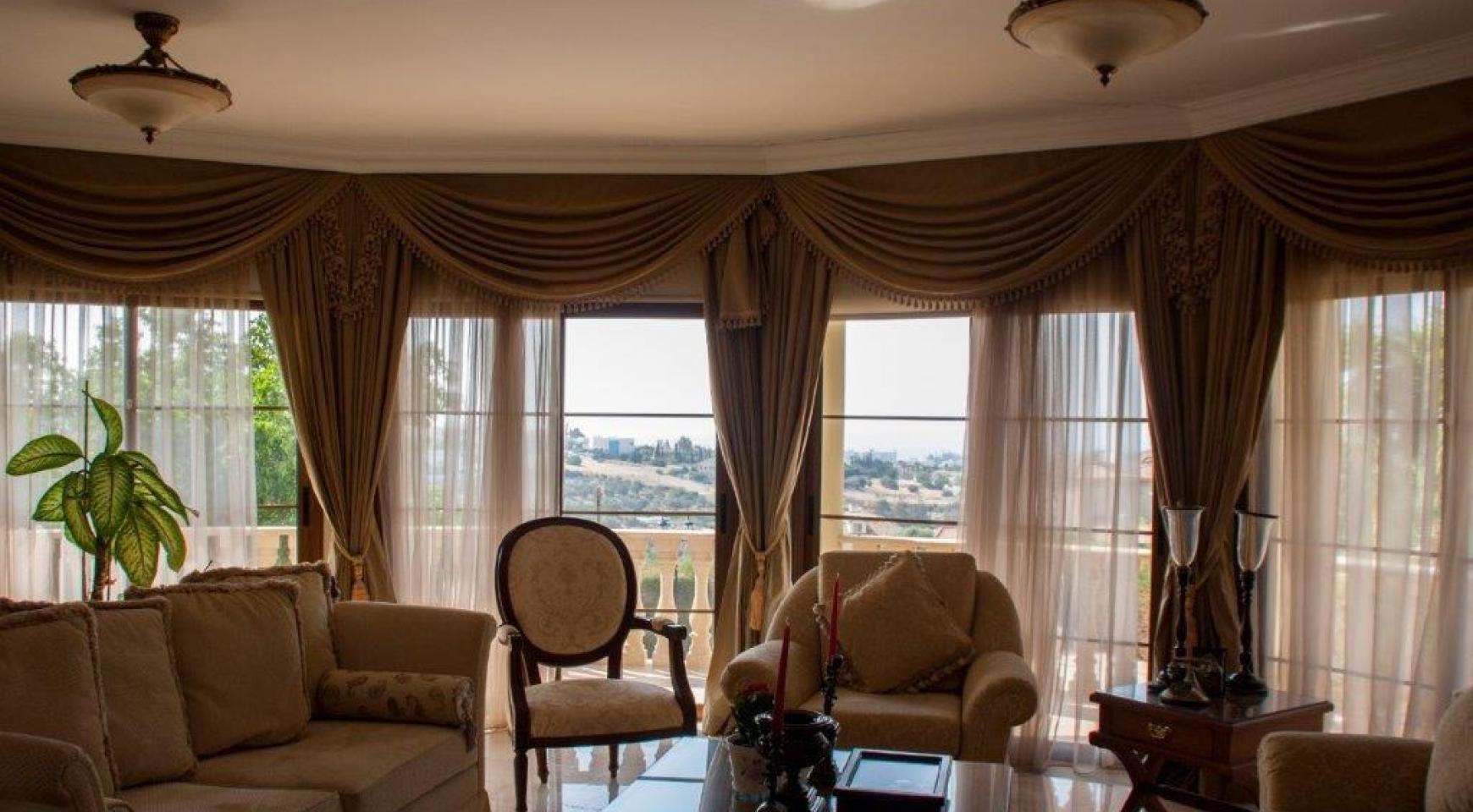 4-Спальная Вилла в Классическом Стиле с Видом на Море в Районе  Mesovounia - 17