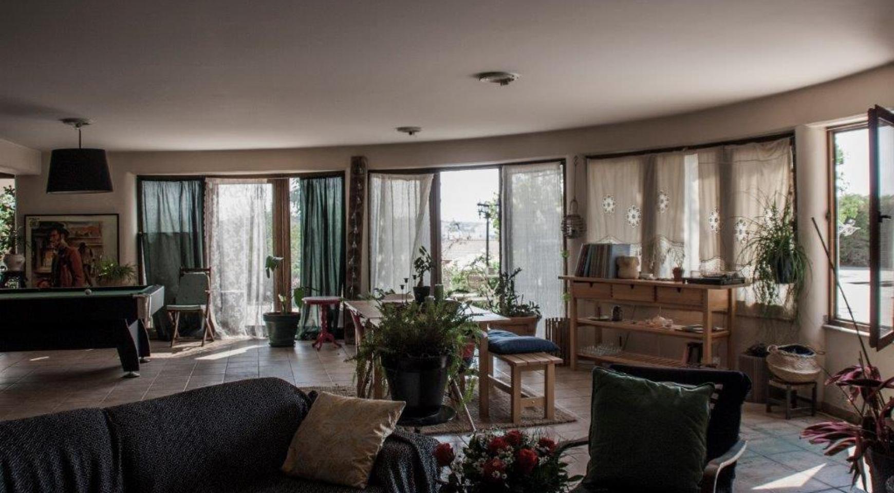 4-Спальная Вилла в Классическом Стиле с Видом на Море в Районе  Mesovounia - 6