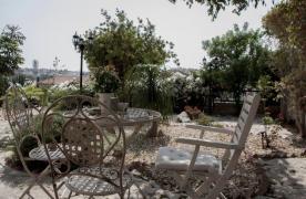 4-Спальная Вилла в Классическом Стиле с Видом на Море в Районе  Mesovounia - 24
