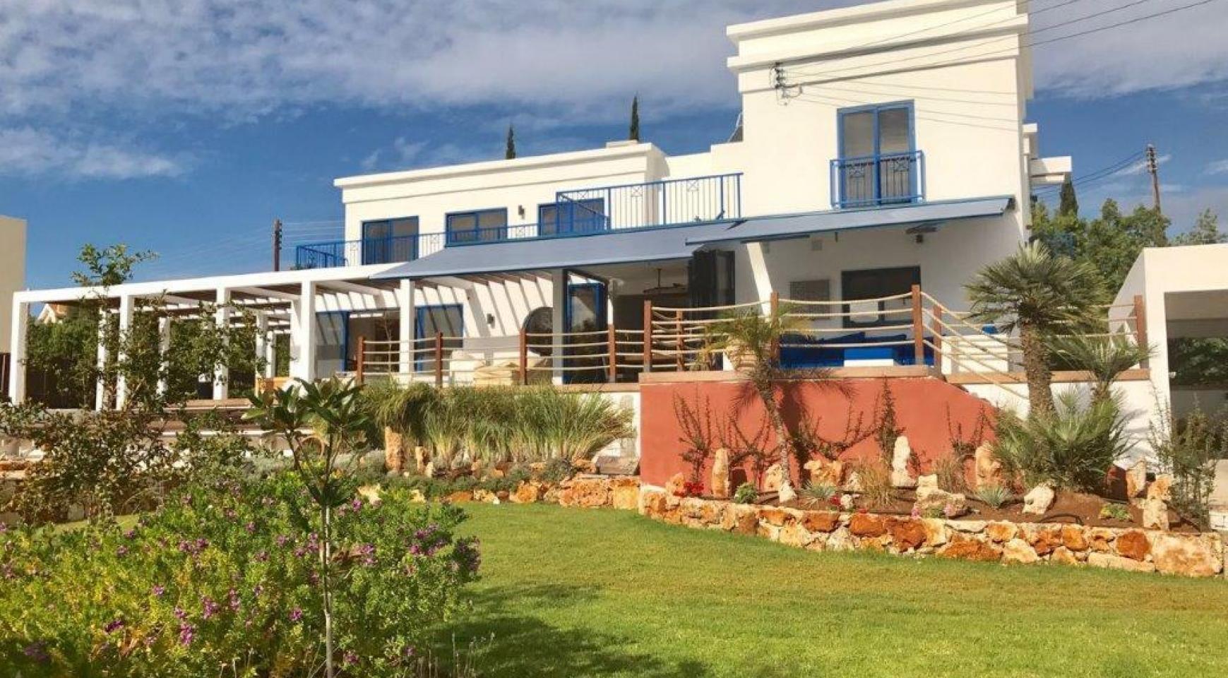 5-Спальная Вилла с видом на Море в районе  Agios Tychonas - 1