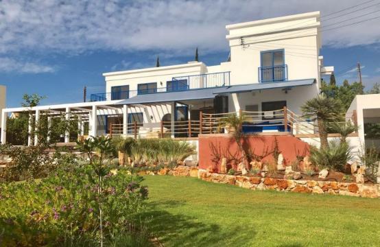 5-Спальная Вилла с видом на Море в районе  Agios Tychonas