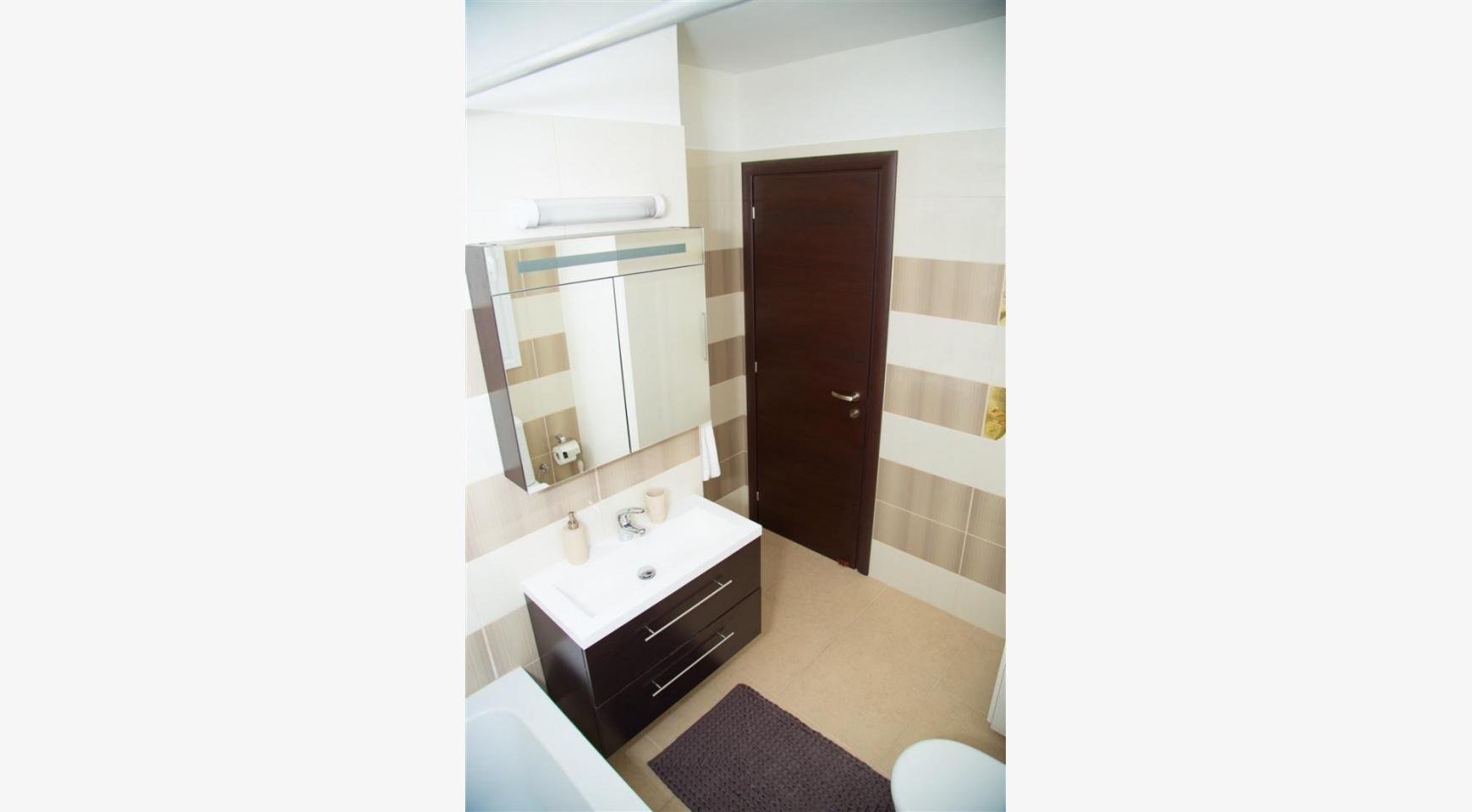 Современная  2-Спальная Квартира Christina 303 в Районе Потамос Гермасойя - 16