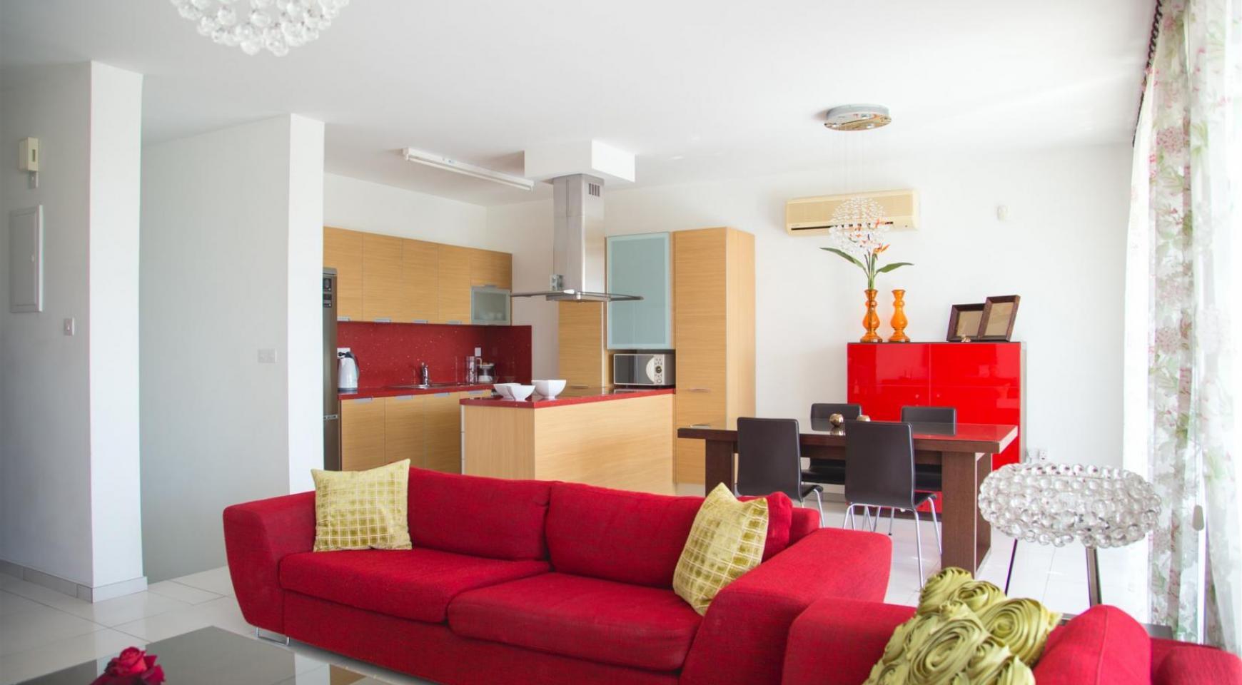 Красивая Двухуровневая 2-Спальная Квартира в Комплексе возле Моря - 4