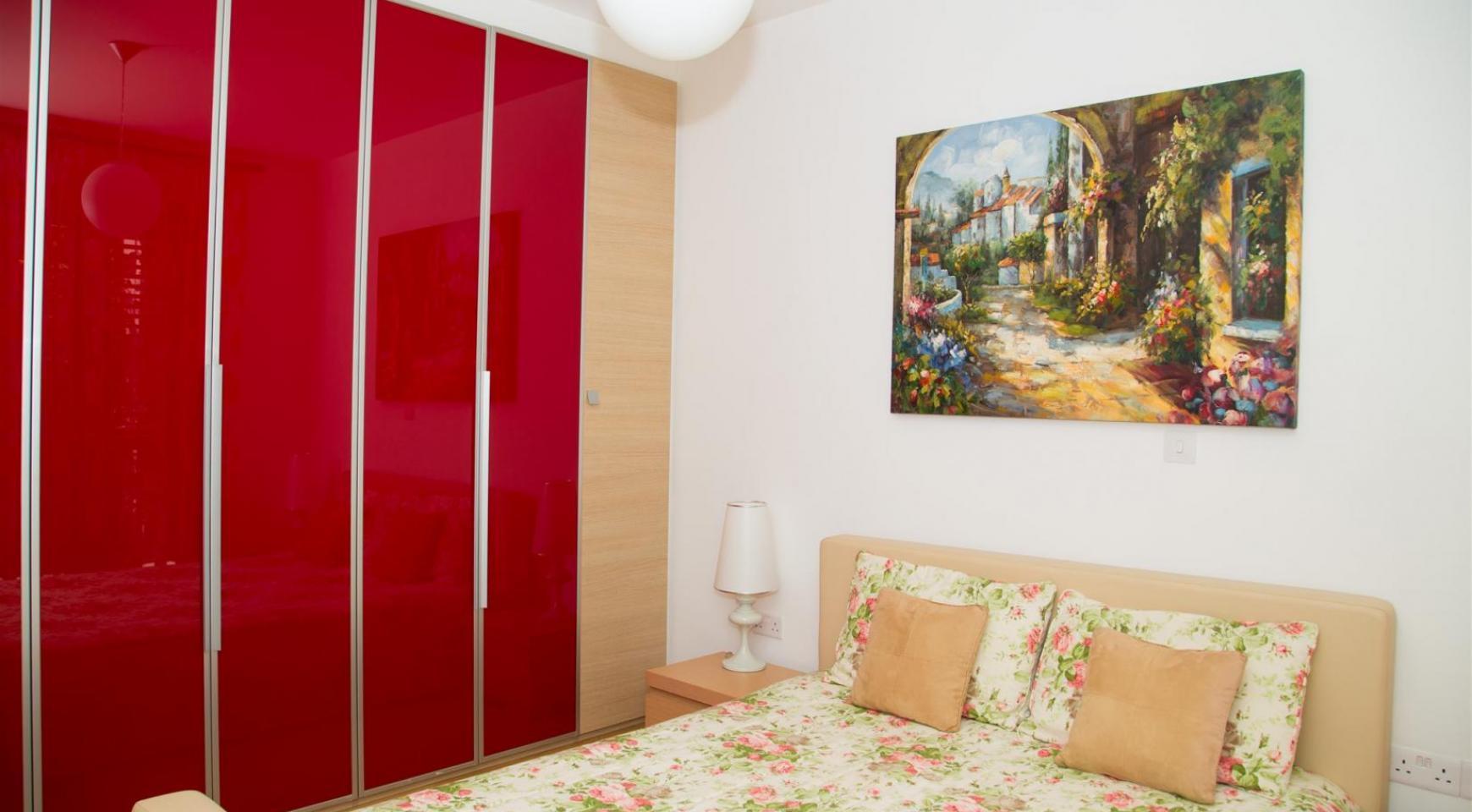 Красивая Двухуровневая 2-Спальная Квартира в Комплексе возле Моря - 7