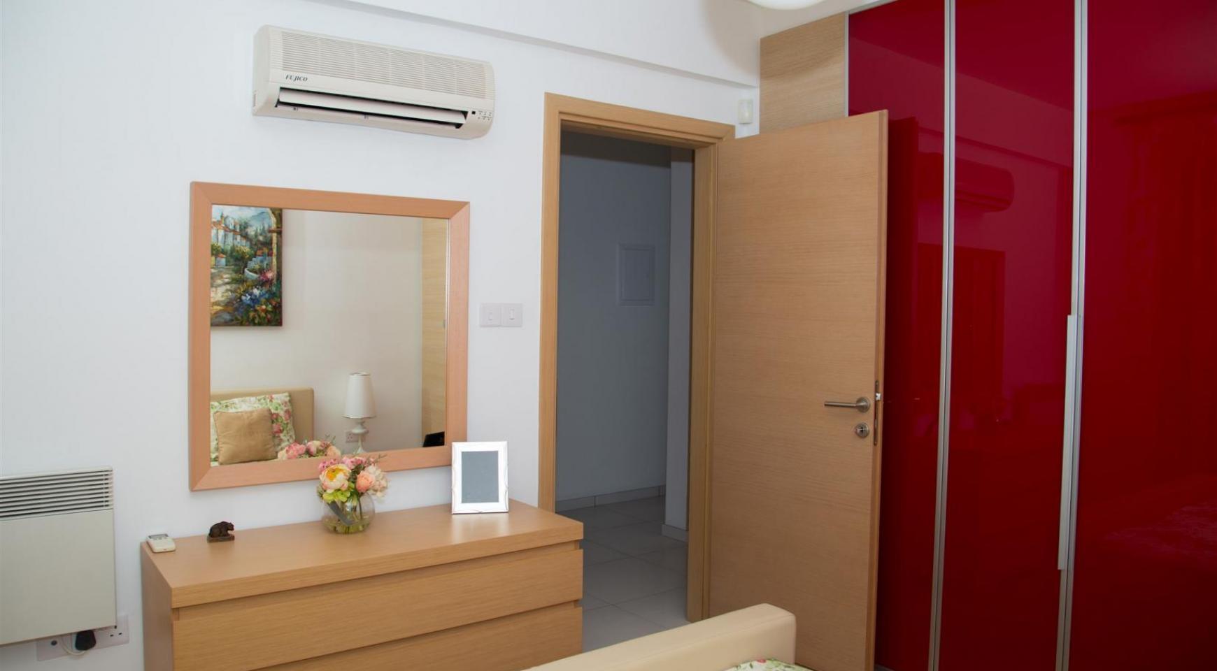 Красивая Двухуровневая 2-Спальная Квартира в Комплексе возле Моря - 6
