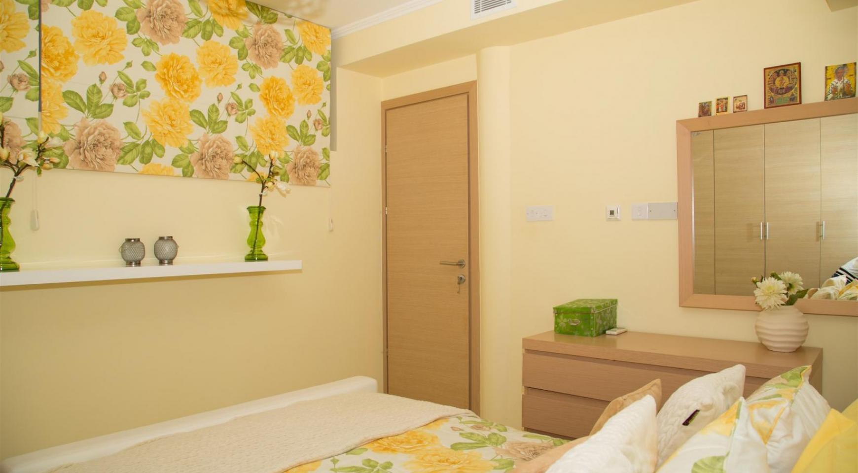 Элитная 4-Спальная Вилла в Комплексе рядом с Морем - 19