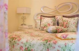 Элитная 4-Спальная Вилла в Комплексе рядом с Морем - 41