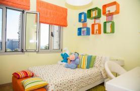 Элитная 4-Спальная Вилла в Комплексе рядом с Морем - 39