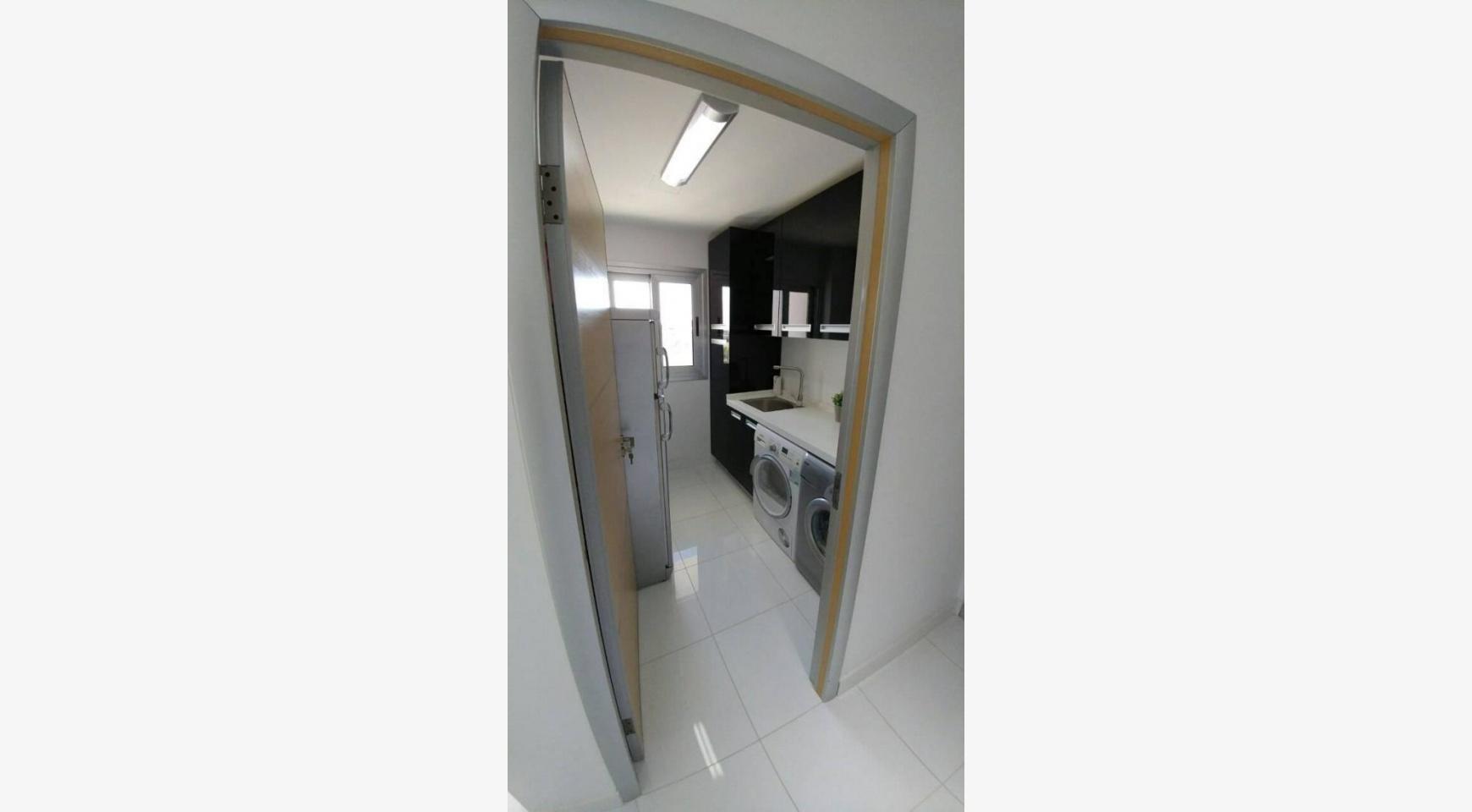 Современный Просторный 4-Спальный Дом в Episkopi - 22