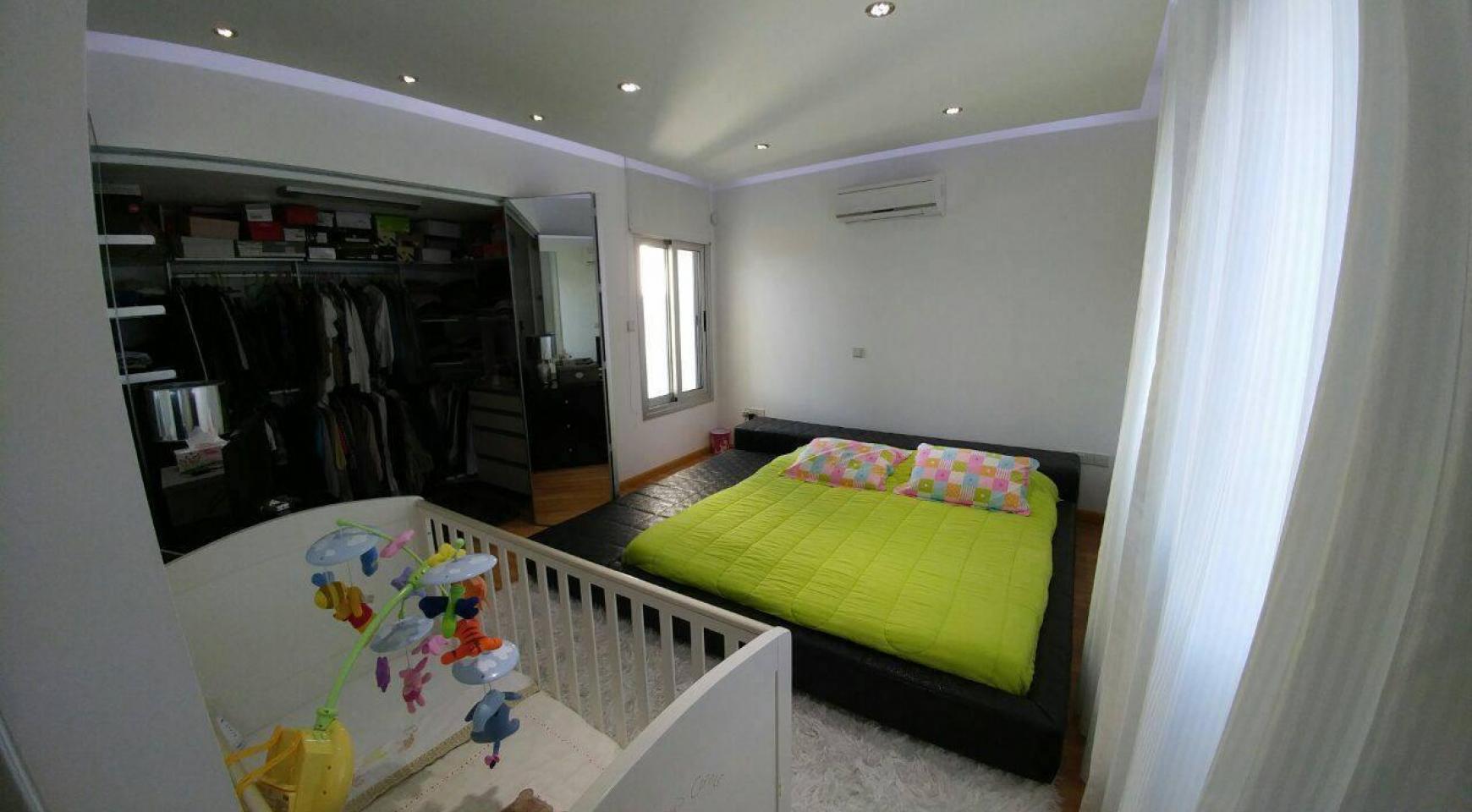 Современный Просторный 4-Спальный Дом в Episkopi - 16