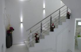 Современный Просторный 4-Спальный Дом в Episkopi - 58
