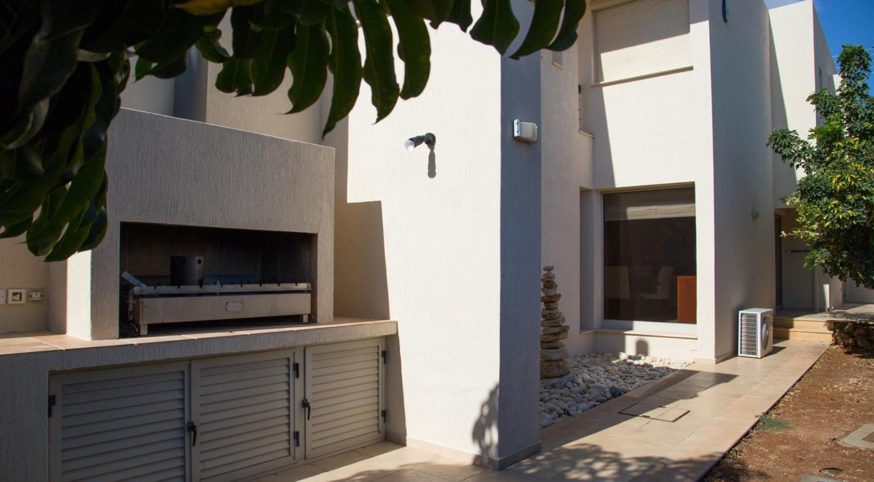 Современная Элитная 4-Спальная Вилла в Районе Sfalagiotisa, Agios Athanasios - 10