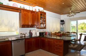Просторная 4-Спальная Вилла в Районе Germasogeia - 40