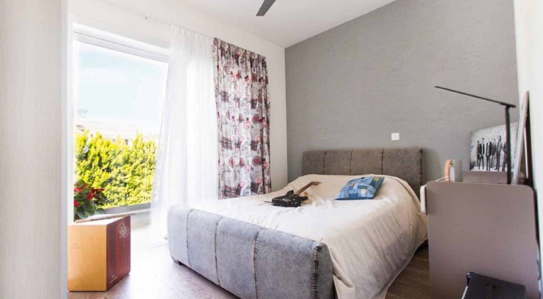 Современная 3-Спальная Вилла с Видом на Море в Районе Мутайяка - 7