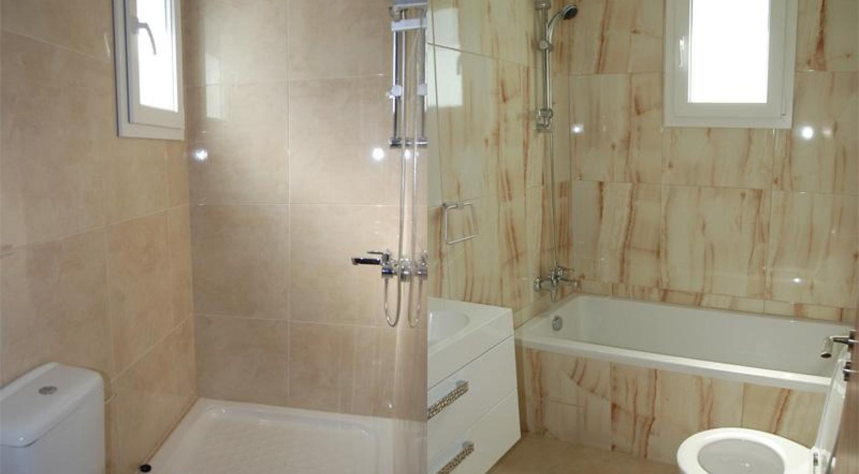 Новая 3-Спальная Квартира в Районе Germasogeia - 9