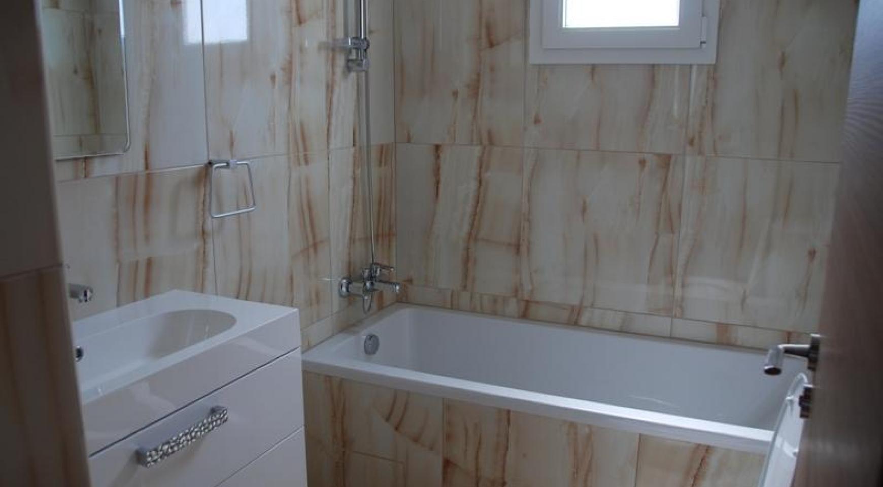 Новая 3-Спальная Квартира в Районе Germasogeia - 8
