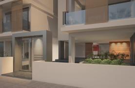 Современная 2-Cпальная Квартира в Новом Здании в Центре Города - 18