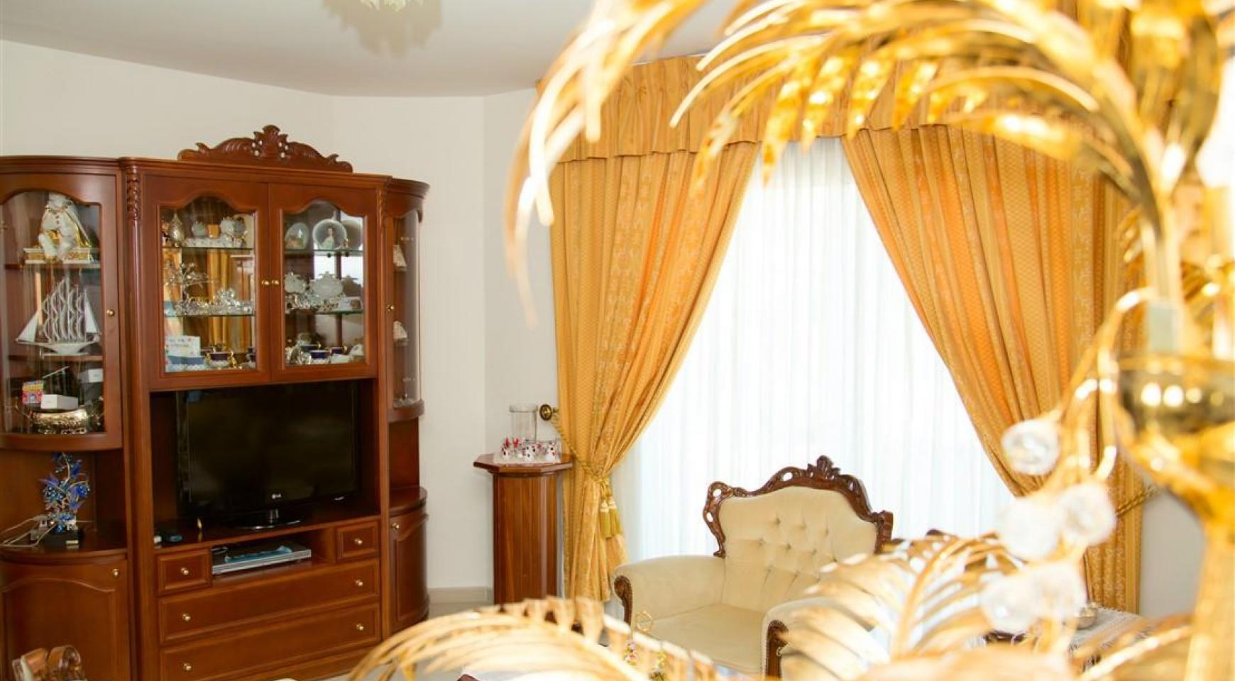Просторный 5-Спальный Дом в Районе Агиос Атанасиос - 13