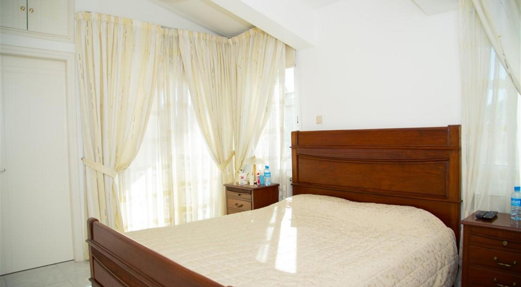 Просторный 5-Спальный Дом в Районе Агиос Атанасиос - 19