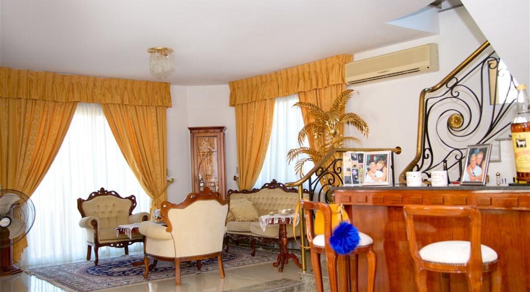 Просторный 5-Спальный Дом в Районе Агиос Атанасиос - 11