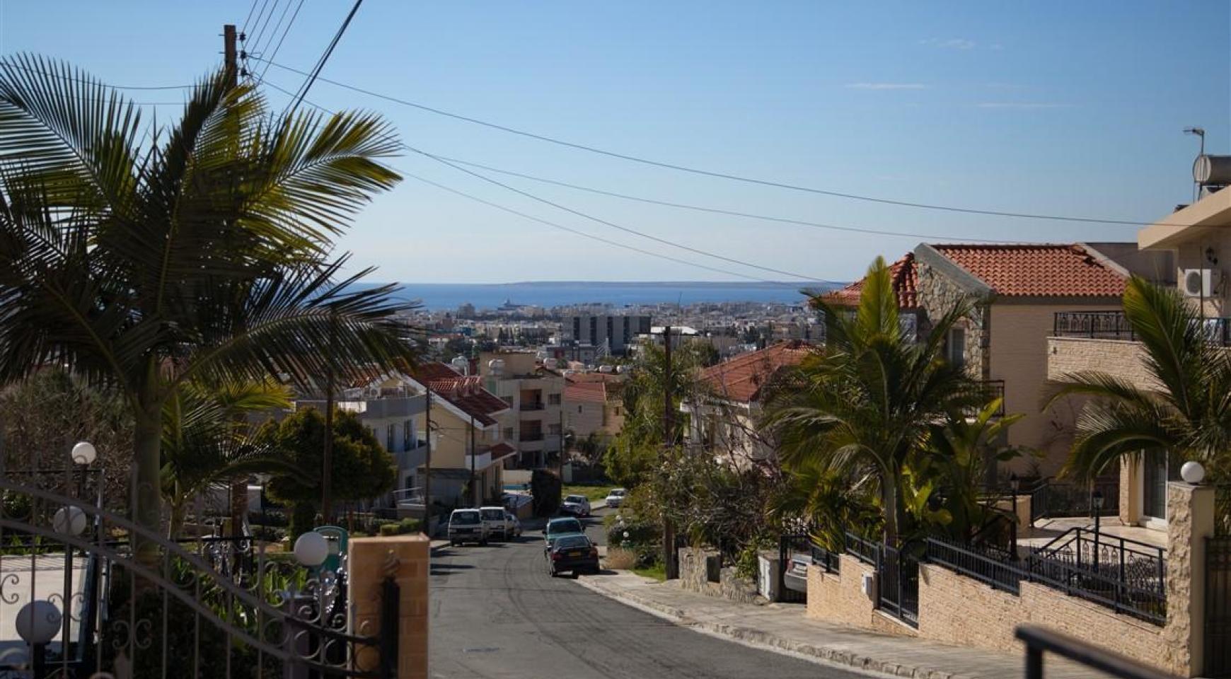 Просторный 5-Спальный Дом в Районе Агиос Атанасиос - 6