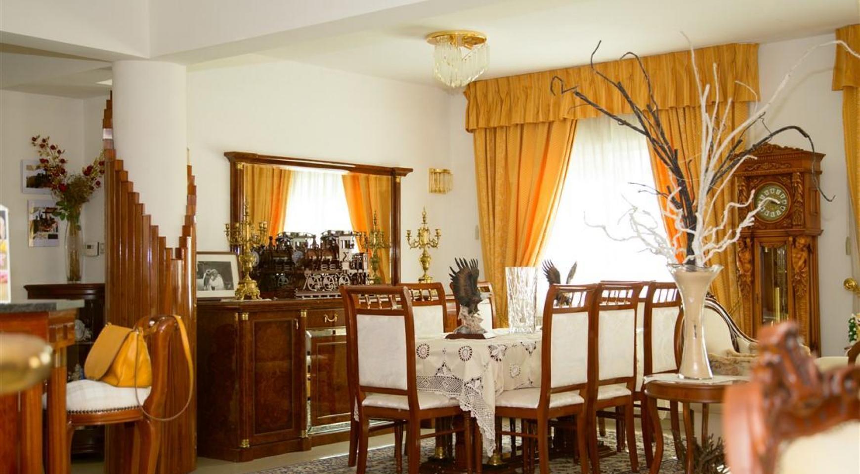 Просторный 5-Спальный Дом в Районе Агиос Атанасиос - 10