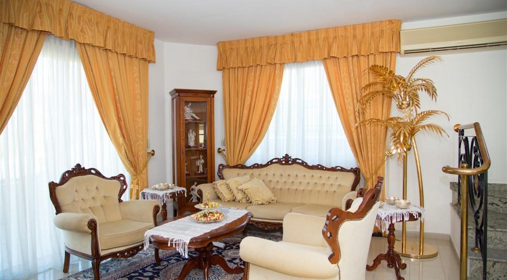 Просторный 5-Спальный Дом в Районе Агиос Атанасиос - 12