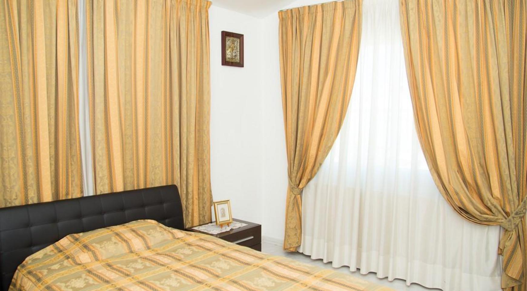 Просторный 5-Спальный Дом в Районе Агиос Атанасиос - 18