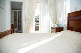 Просторный 5-Спальный Дом в Районе Агиос Атанасиос - 49
