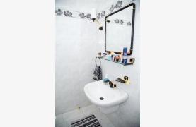 Просторный 5-Спальный Дом в Районе Агиос Атанасиос - 54