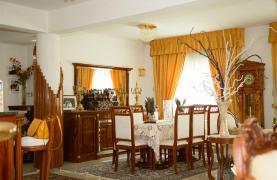 Просторный 5-Спальный Дом в Районе Агиос Атанасиос - 37