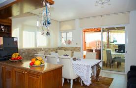 Просторный 5-Спальный Дом в Районе Агиос Атанасиос - 43