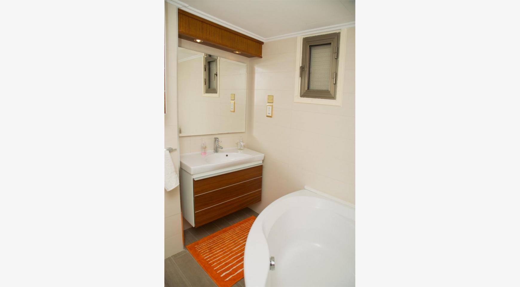 Современная 3-Спальная Квартира Категории Люкс на Берегу Моря в Комплексе Thera   - 27