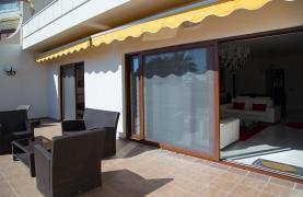 Современная 3-Спальная Квартира Категории Люкс на Берегу Моря в Комплексе Thera   - 77