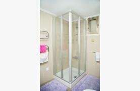 Современная 3-Спальная Квартира Категории Люкс на Берегу Моря в Комплексе Thera   - 73