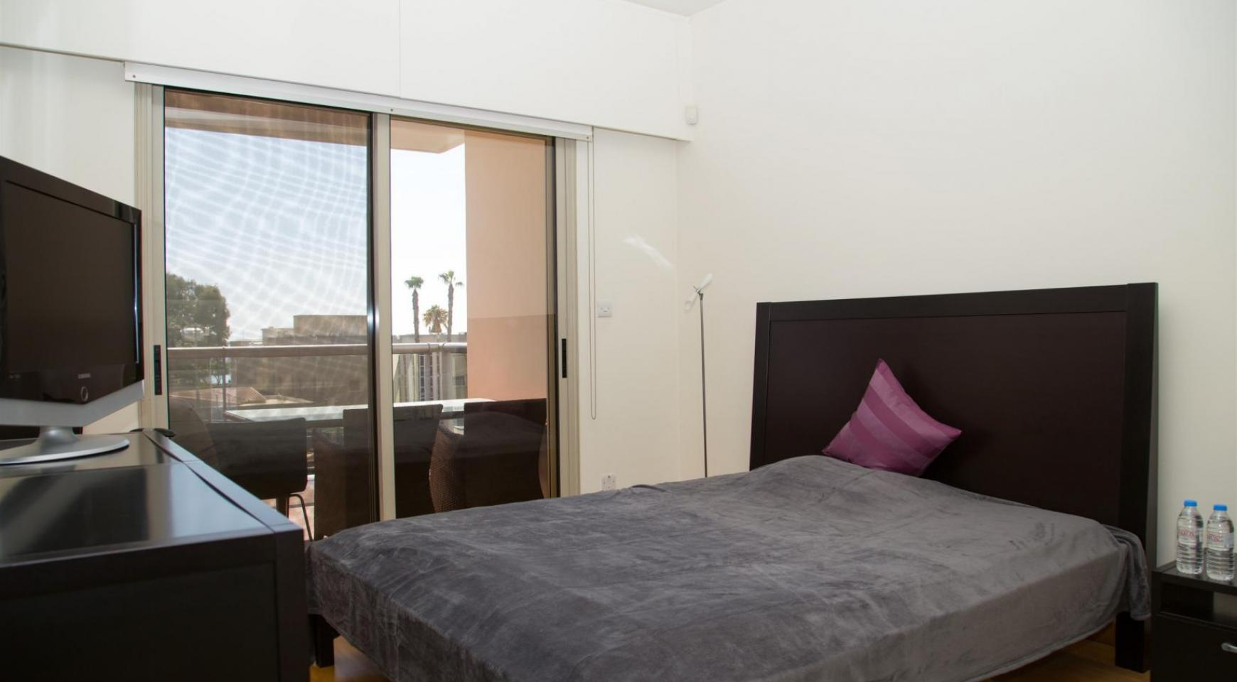 Современная 3-Спальная Квартира возле Моря в Районе  Enaerios - 9