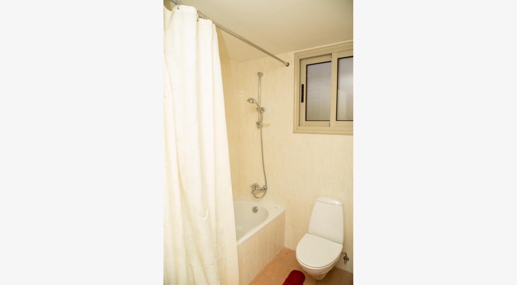 Современная 3-Спальная Квартира возле Моря в Районе  Enaerios - 18