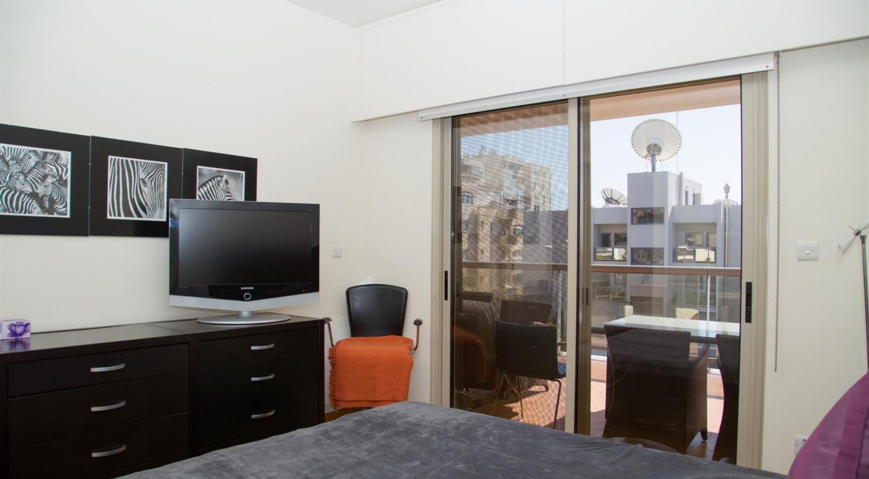 Современная 3-Спальная Квартира возле Моря в Районе  Enaerios - 10