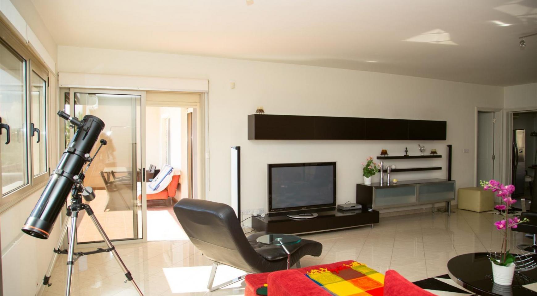 Современная 3-Спальная Квартира возле Моря в Районе  Enaerios - 2