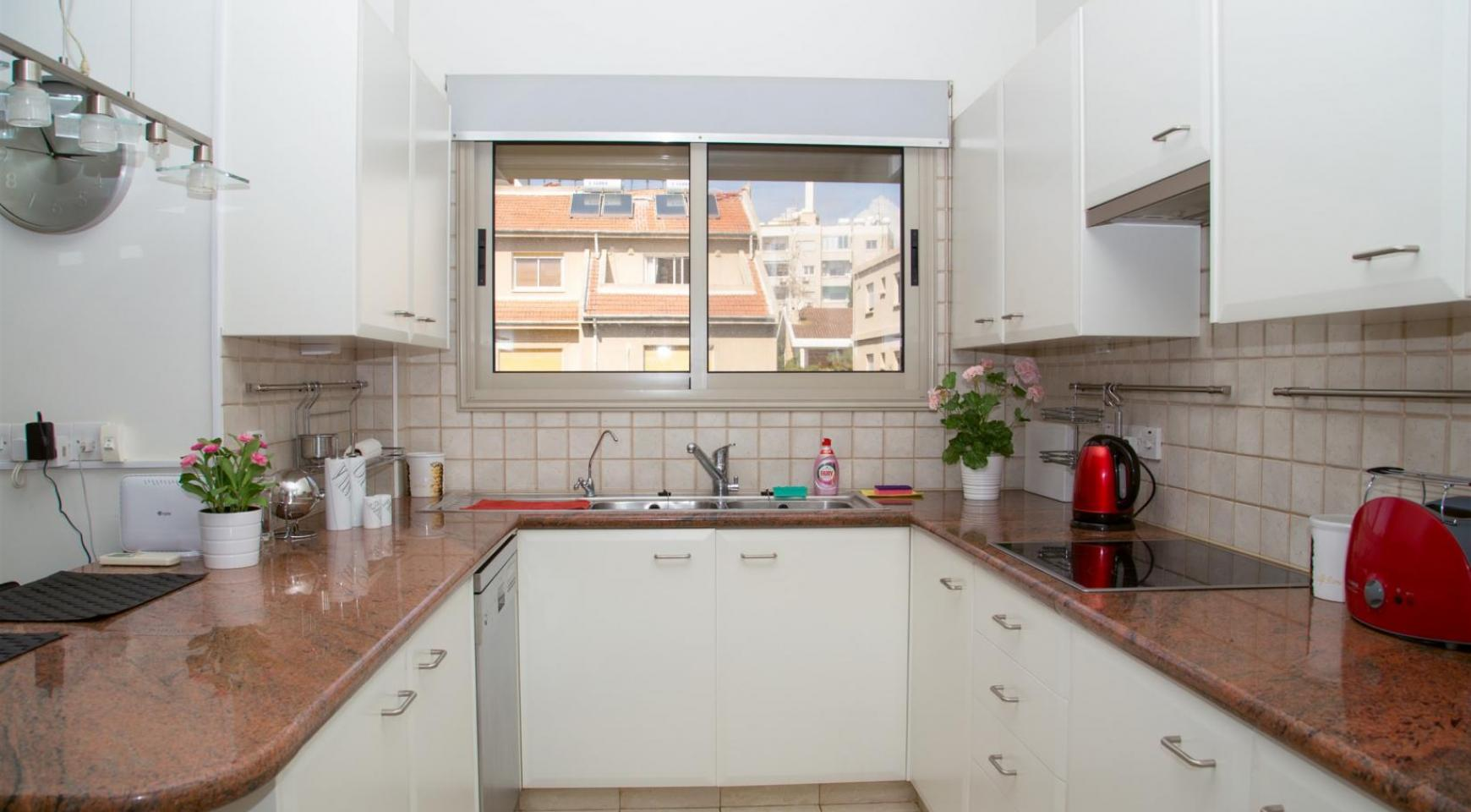 Современная 3-Спальная Квартира возле Моря в Районе  Enaerios - 6