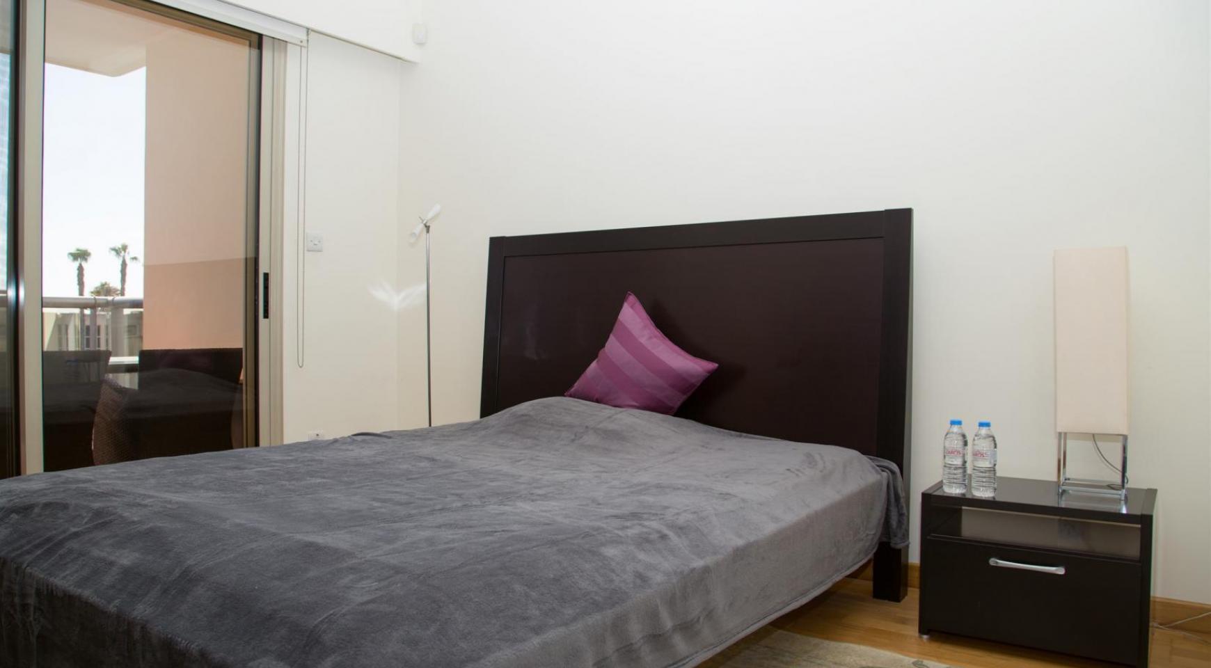Современная 3-Спальная Квартира возле Моря в Районе  Enaerios - 11