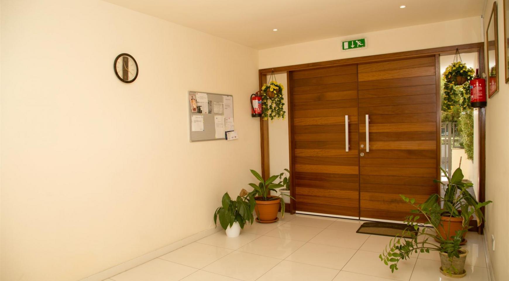Современная 3-Спальная Квартира возле Моря в Районе  Enaerios - 23