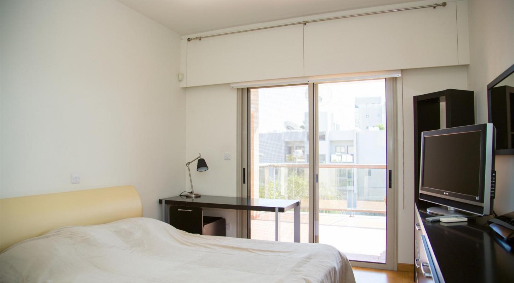 Современная 3-Спальная Квартира возле Моря в Районе  Enaerios - 8