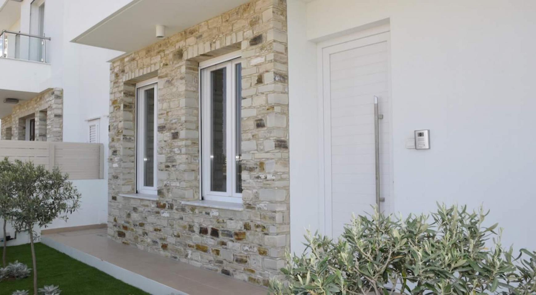 Новый Современный 4-Спальный Дом в Районе Leivadia - 7
