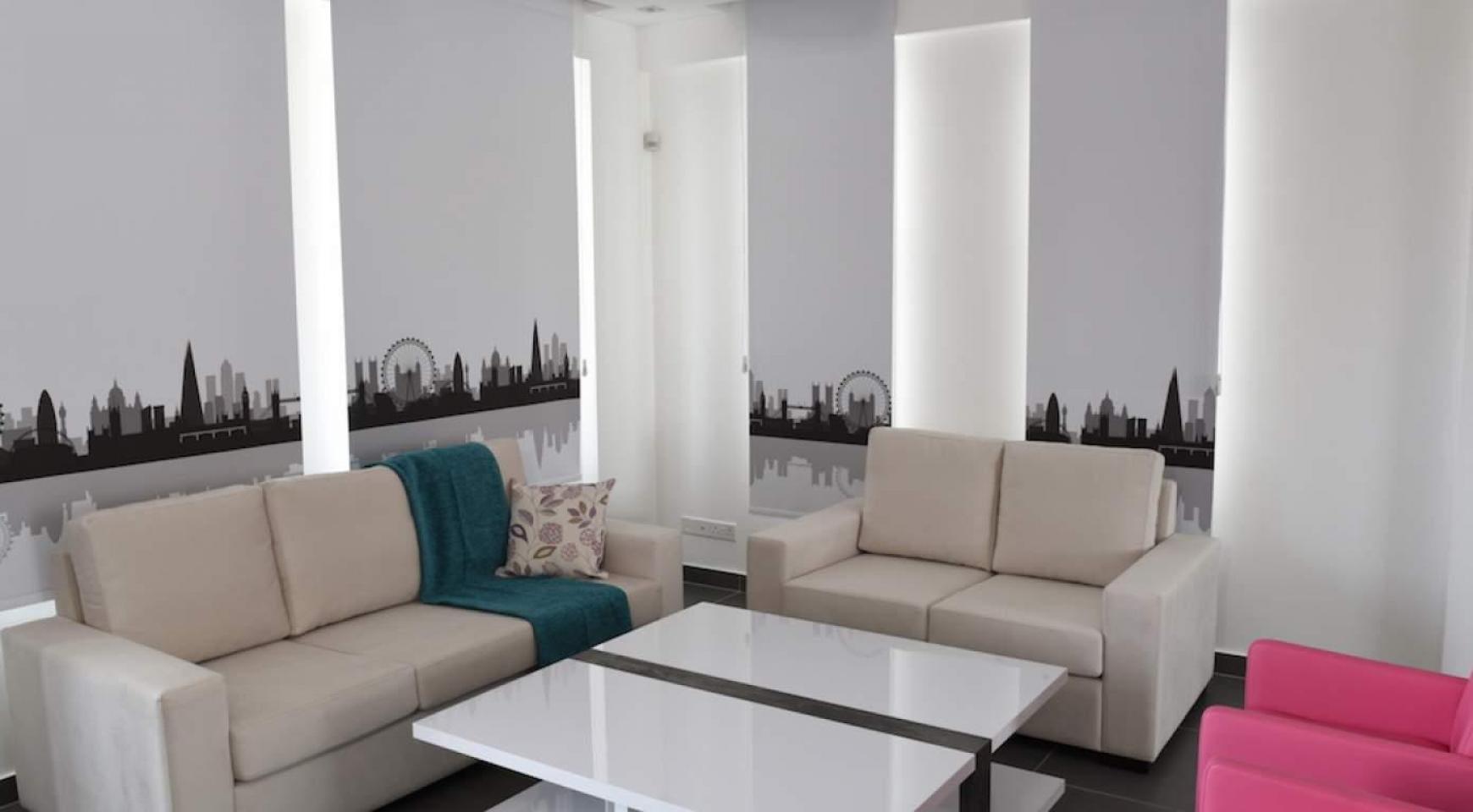 Новый Современный 4-Спальный Дом в Районе Leivadia - 15